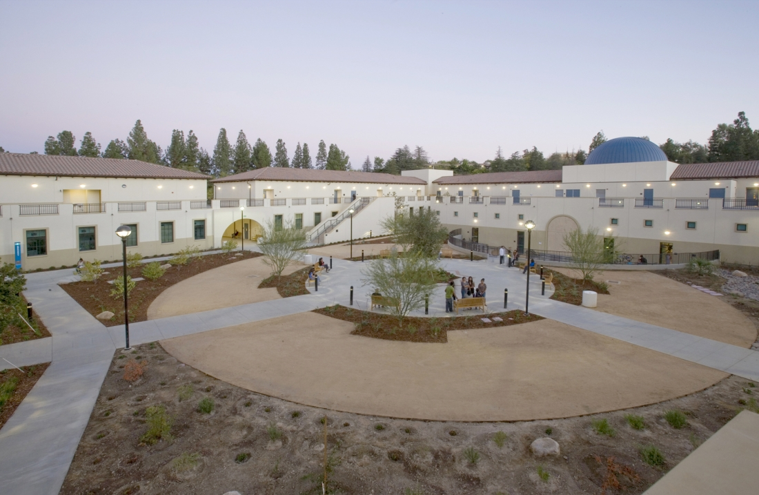 LA Pierce College Center For The Sciences